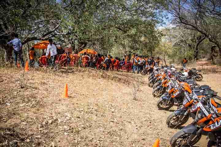 ktm orange ride bangalore to sangam (40)