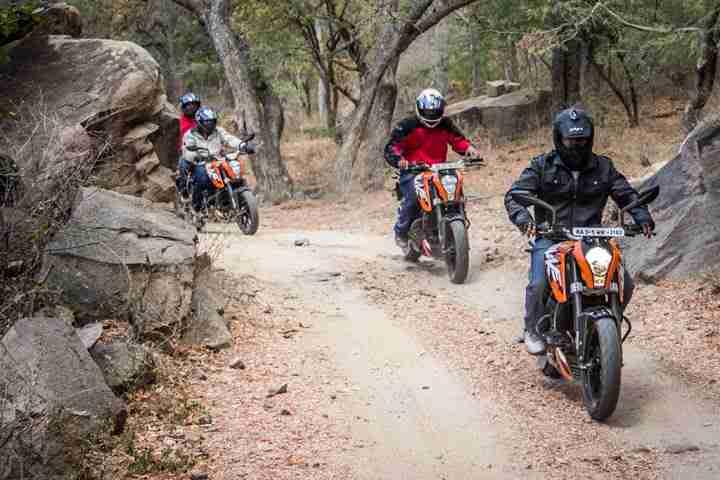 ktm orange ride bangalore to sangam (48)