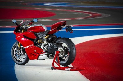 ducati 1199 panigale r photographs - 17