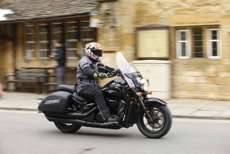 2013 Suzuki Intruder C1500T and C800C UK - 08