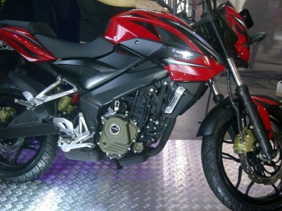 pulsar 200ns indonesia - 07