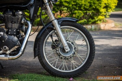 Royal Enfield Thunderbird 500 front tyre and forks