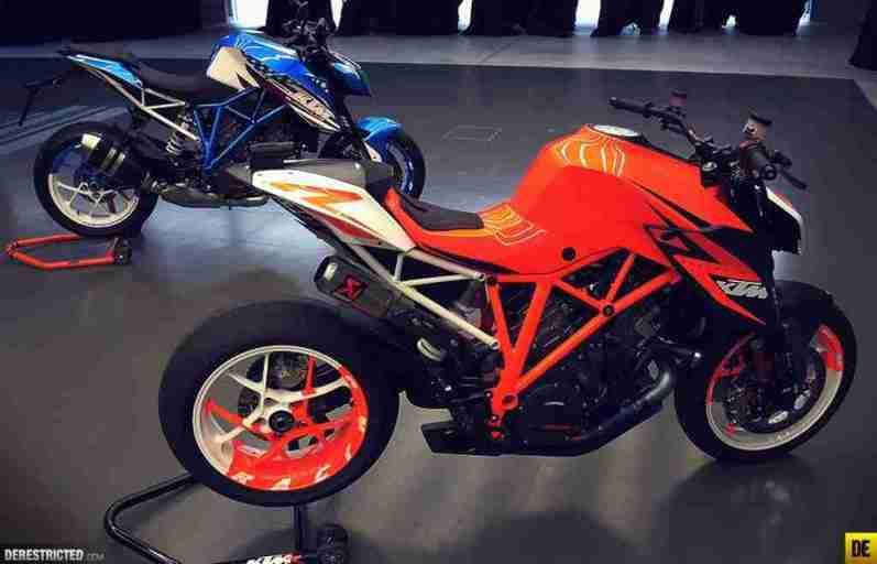 2013 KTM 1290 Super Duke R - 01