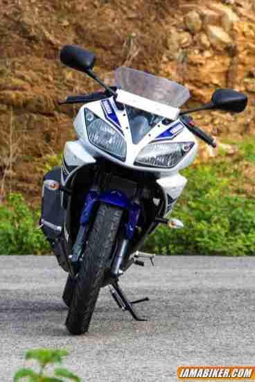 2013 Yamaha Yzf R15 Detailed Photographs