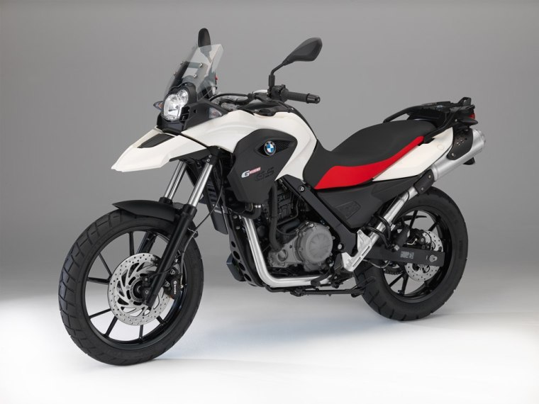 2014-BMW-G-650-GS-red-white