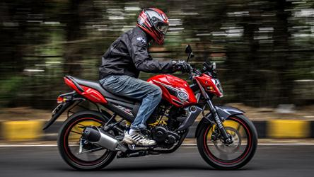 new yamaha fz s detailed photographs