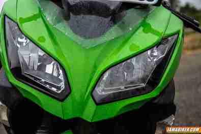 2013 Kawasaki Ninja 300 headlights