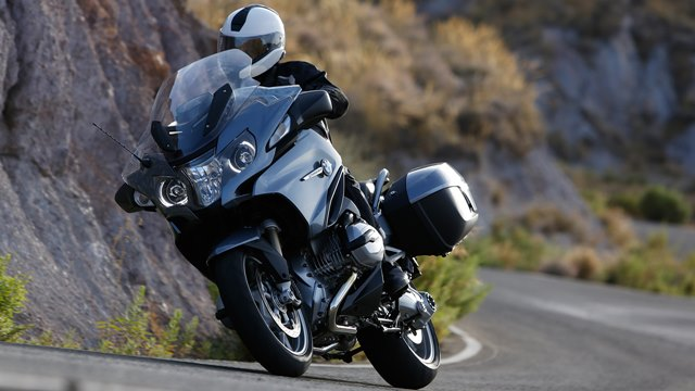 2014 BMW R1200RT unveiled