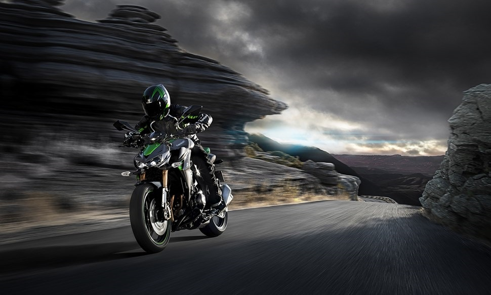 2014 Kawasaki Z1000 Wallpapers 06