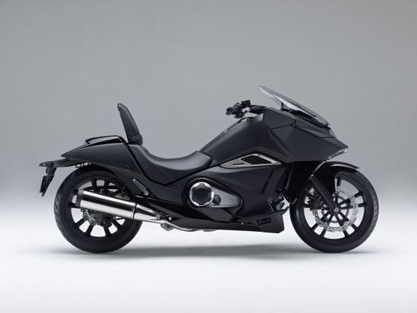 2014 Honda NM4 Vultus - side view