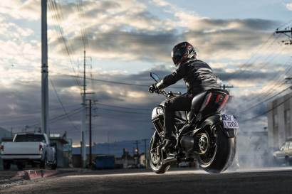 2015 Ducati Diavel - 14