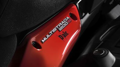 Ducati Multistrada D-Air with Dainese wireless air bag integration