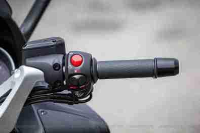 Aprilia SRV 850 switch gear