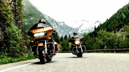 2015 Harley Davidson Road Glide - on road