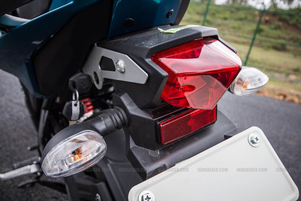 Yamaha FZ-S review - 04