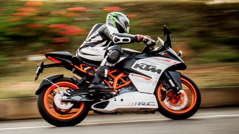 Ktm Duke 390 Price Specifications Colours Mileage And