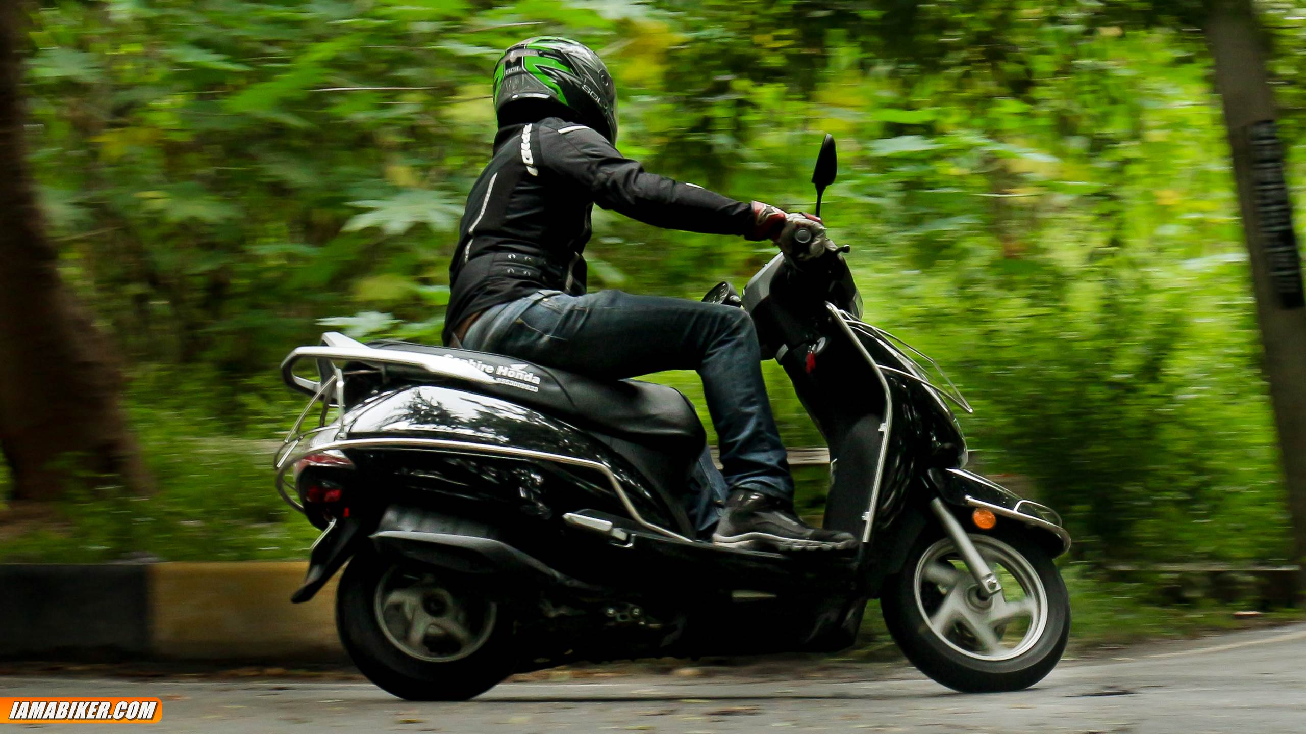 new activa 125 review - handling and braking