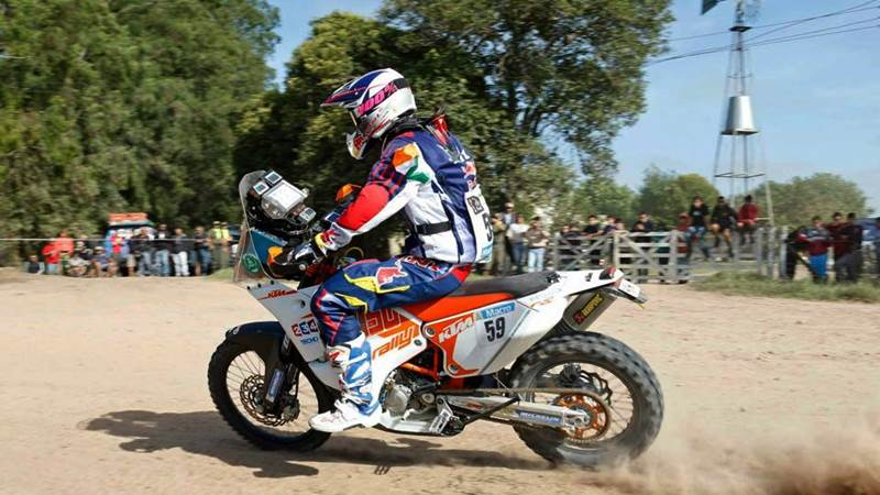 cs santosh at dakar featured