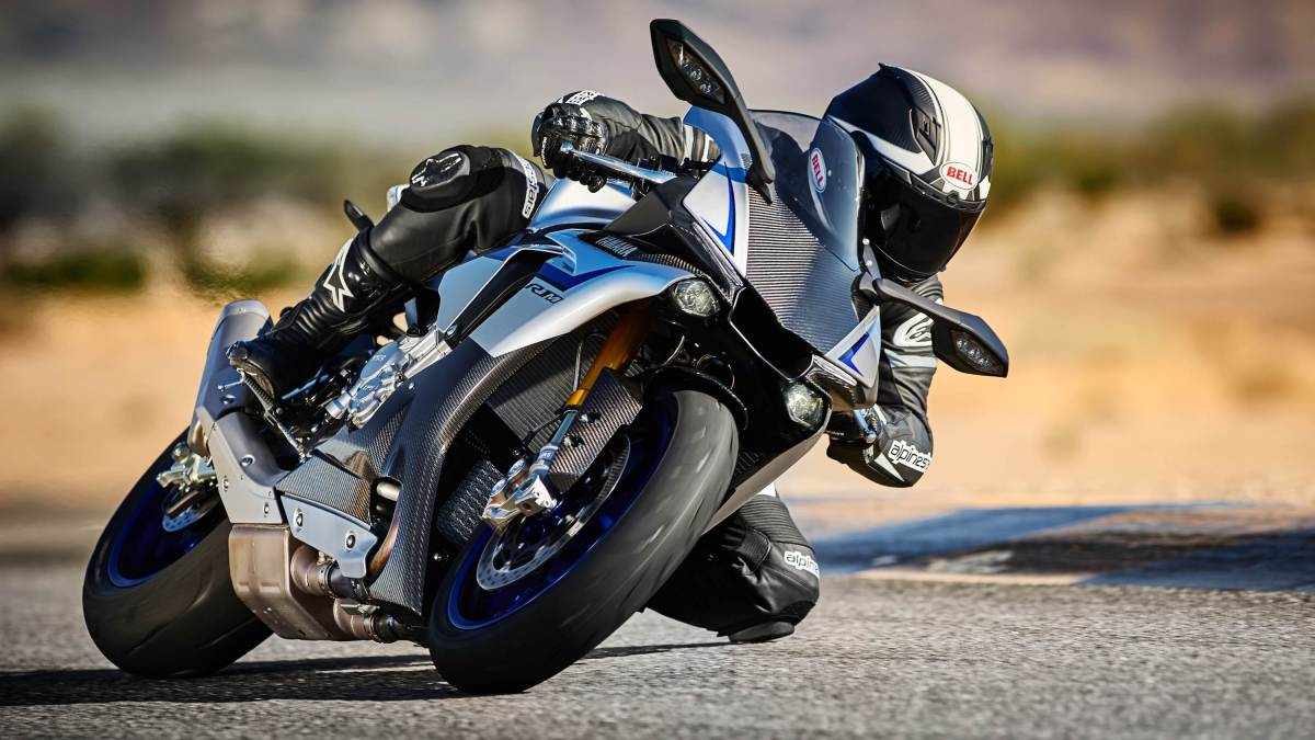 2015 Yamaha R1 M HD wallpaper