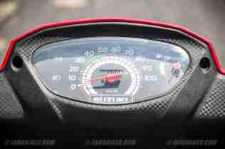 Suzuki Lets scooter speedometer