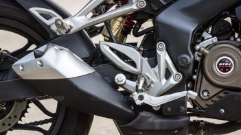 Pulsar RS 200 back brake lever silencer and monoshock