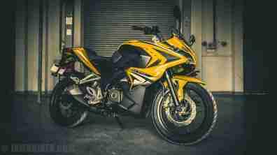 Pulsar RS 200 wallpaper HD yellow
