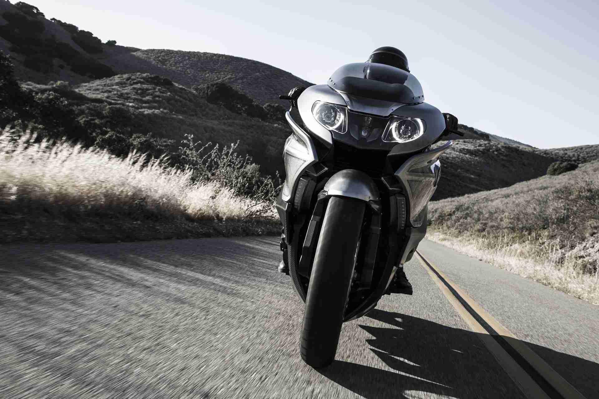 BMW Motorrad Concept 101 headlights