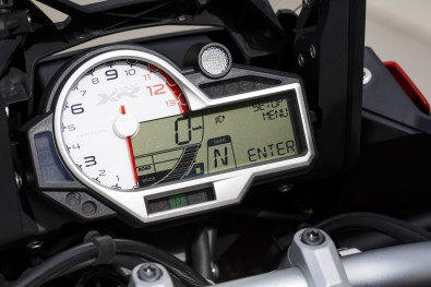 2015 BMW S1000XR speedometer