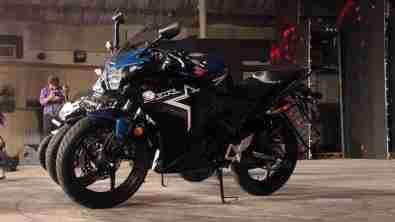2015 Honda CBR150R blue colour option