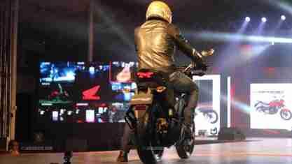 Honda CB Hornet 160R - Honda Revfest