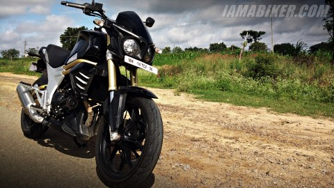 Mahindra Mojo first ride
