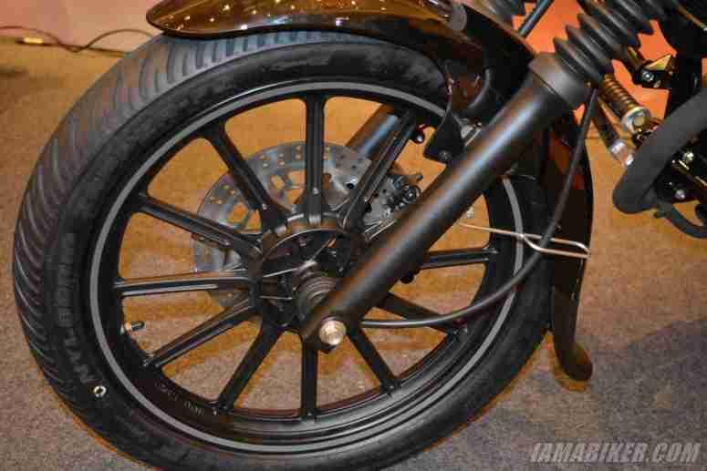 New Bajaj Avenger alloy wheels