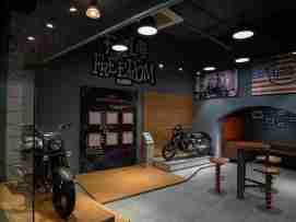 UM Motorcycles Delhi showroom dealership