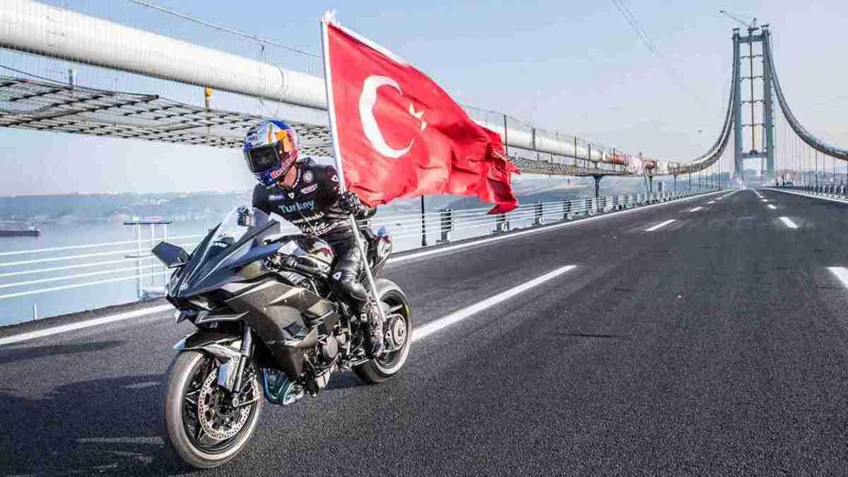 Kawasaki Ninja H2R 400 kmph