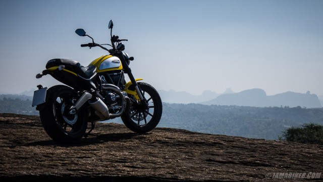 ducati-scrambler-hd-wallpapers-2