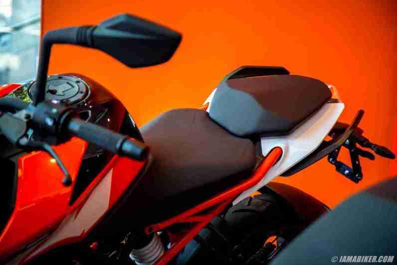 KTM Duke 250 pillion seat
