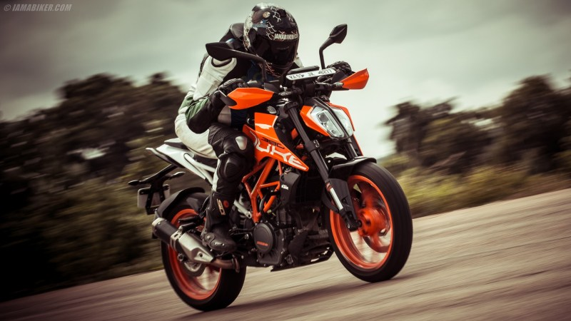 2017 KTM Duke 390 review
