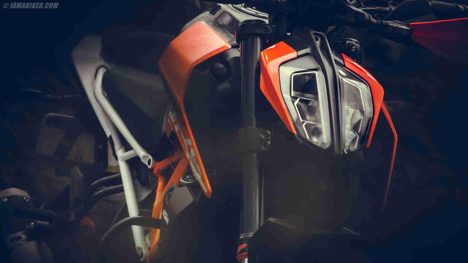 2017 KTM Duke 390 HD Wallpapers
