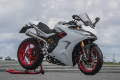 Ducati SuperSport S White Sport Pack