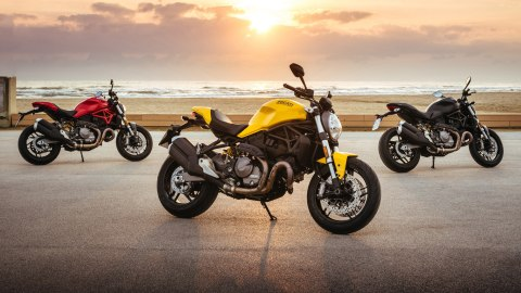 2018 Ducati Monster 821 goes yellow