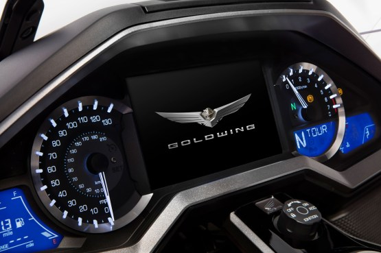 2018 Honda Gold Wing meters