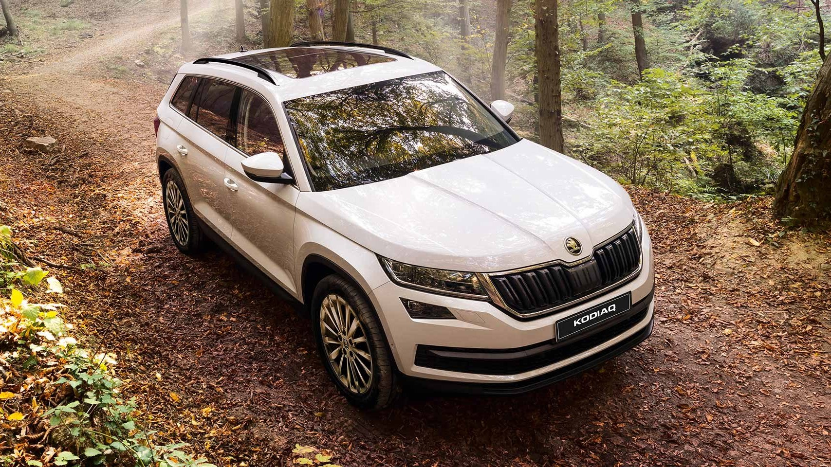 skoda kodiaq priced at rs lakh for india iamabiker. Black Bedroom Furniture Sets. Home Design Ideas