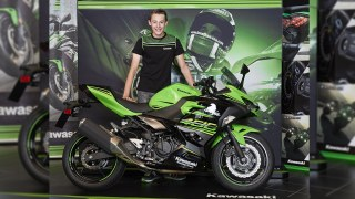 Robert Schotman signed by Kawasaki for the World Supersport 300 championship