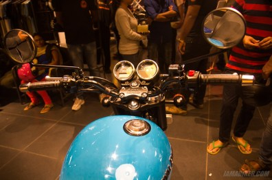 Thunderbird 500X tank and handlebar