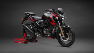 Apache RTR 200 4V Race Edition 2.0 launched with slipper clutch and ABS
