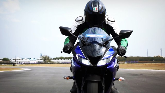 Yamaha R15 V3 track review