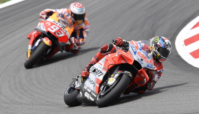 Jorge Lorenzo continues dominant form at Catalan MotoGP
