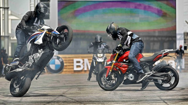 BMW G310 GS and G310 R priced at 3.49L and 2.49L