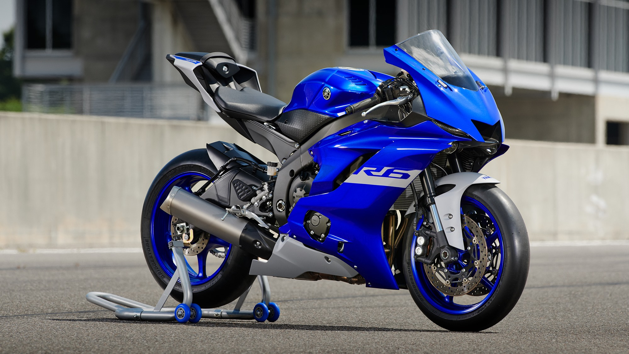 2020 Yamaha YZF-R6 adjustable KYB suspension