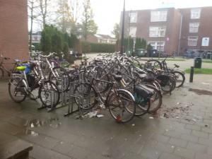صورة من هولندا توضح الكراج الخاص بالدراجات